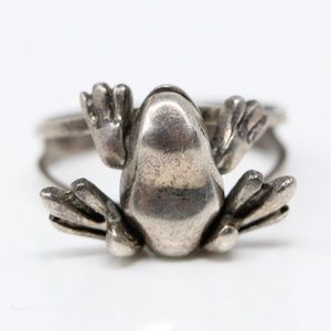 Jewelry - VINTAGE Sterling Silver 3D Movable Frog RIng 6.75